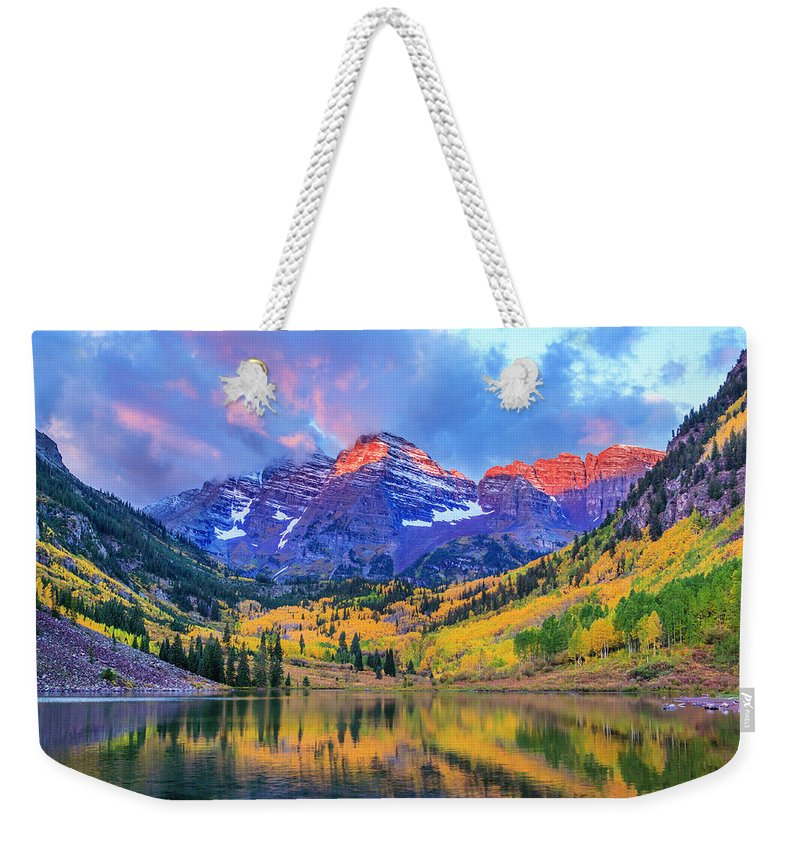 Scenics Weekender Tote Bag featuring the photograph Autumn Colors At Maroon Bells And Lake by Dszc