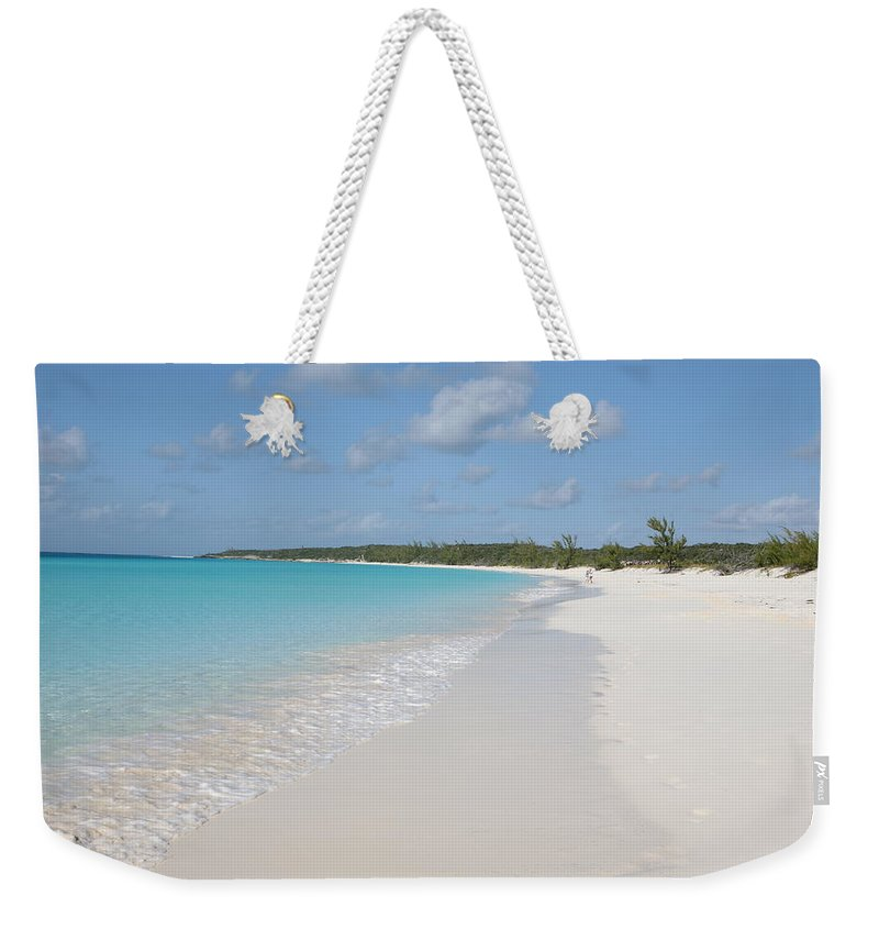 Wind Weekender Tote Bag featuring the photograph Bahamas Beach Scene by Ngirish