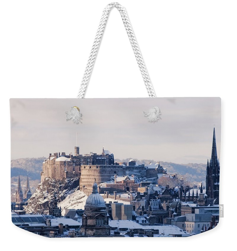 Snow Weekender Tote Bag featuring the photograph Edinburgh Castle by Davidhills