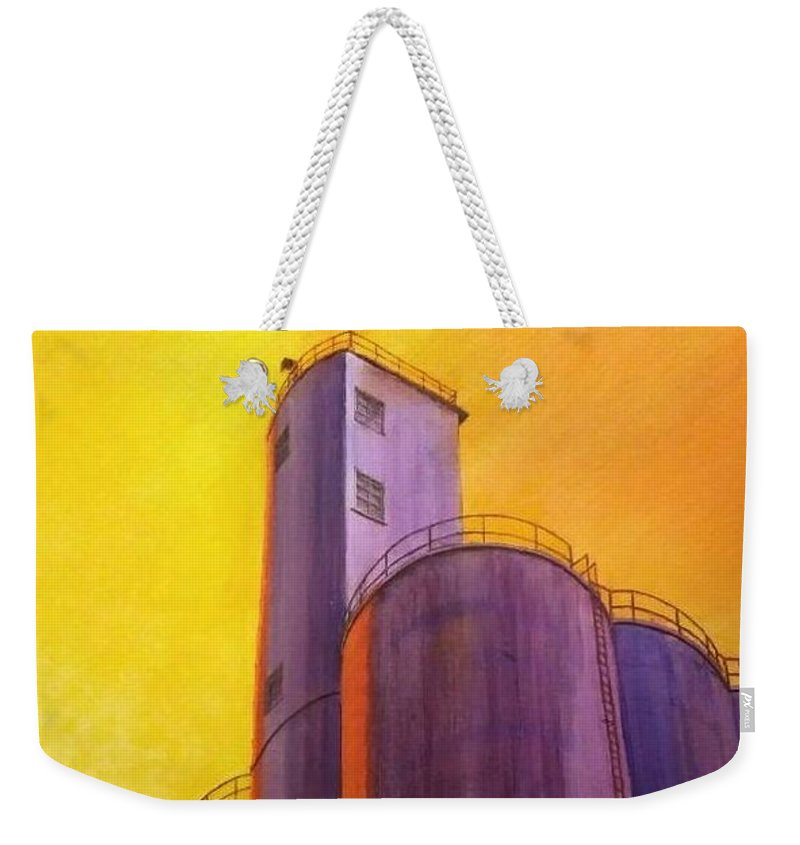 Silo Weekender Tote Bag featuring the painting Garfield Silo by Leonard Heid