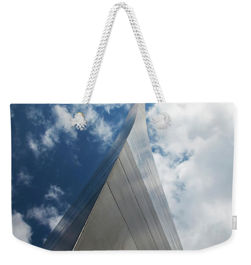 Arch Weekender Tote Bag featuring the photograph Gateway Arch, St. Louis, Missouri by Elisabeth Pollaert Smith