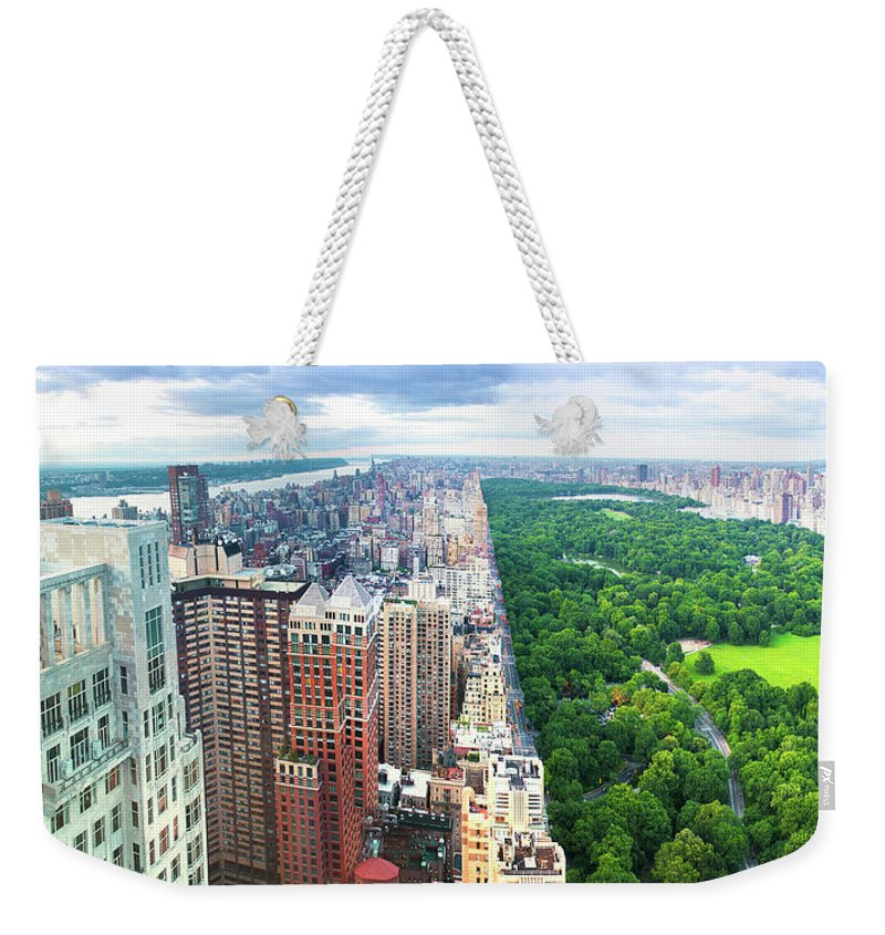 Tranquility Weekender Tote Bag featuring the photograph Trump Intl Hotel And Tower by Tony Shi Photography