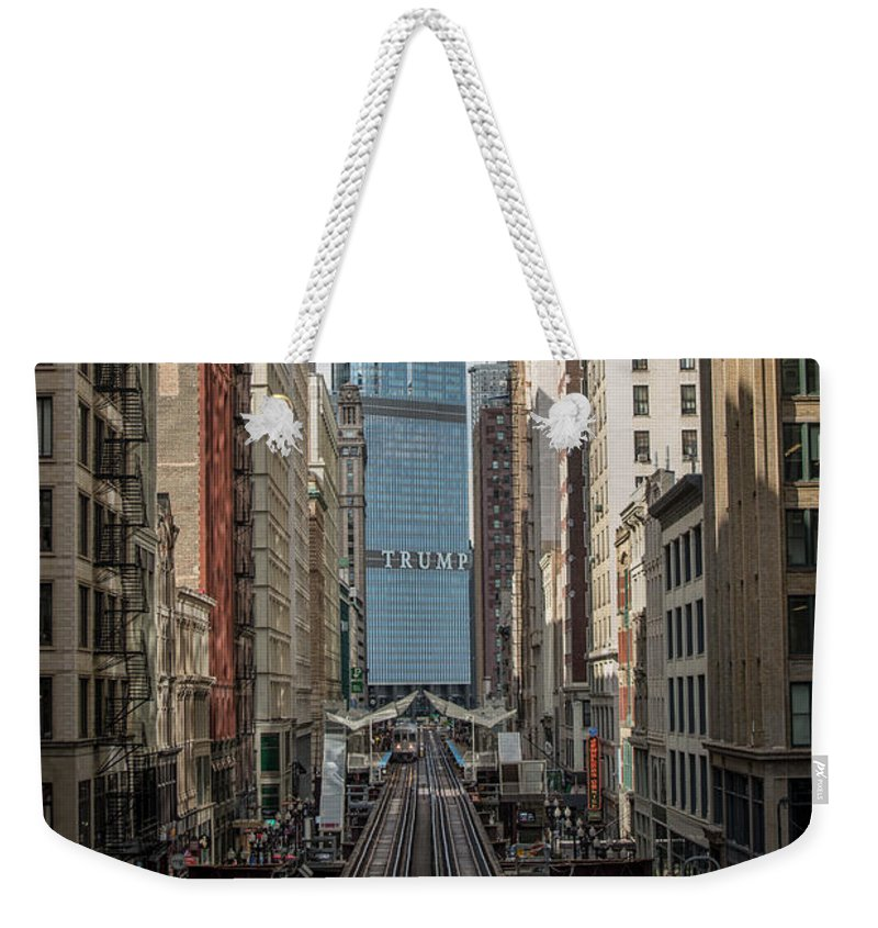 Chicago Weekender Tote Bag featuring the photograph Trump Tower by Jim Pearson