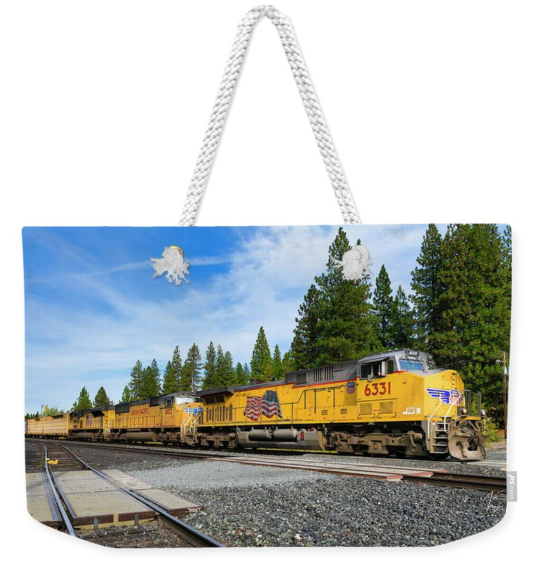 Freight Trains Weekender Tote Bag featuring the photograph Up6331 by Jim Thompson
