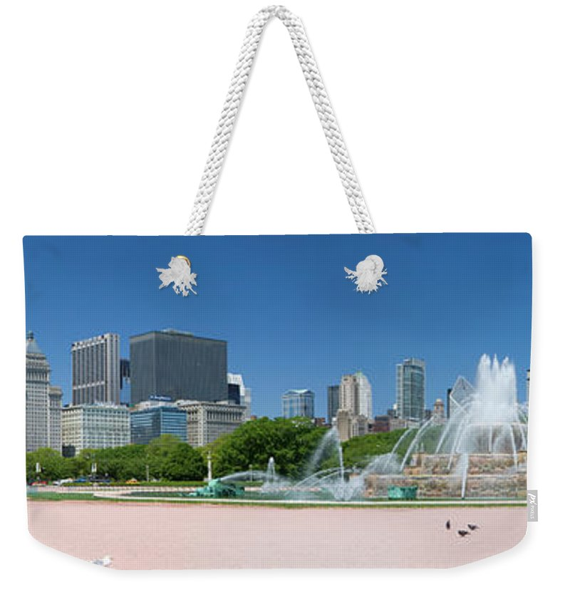 Panoramic Weekender Tote Bag featuring the photograph Usa, Michigan, Chicago, Buckingham by Travelpix Ltd