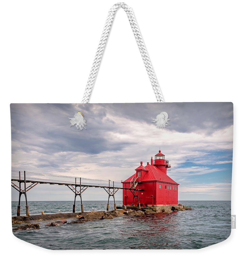 Lighthouse Weekender Tote Bag featuring the photograph 20-0607-0044 by Anthony Roma