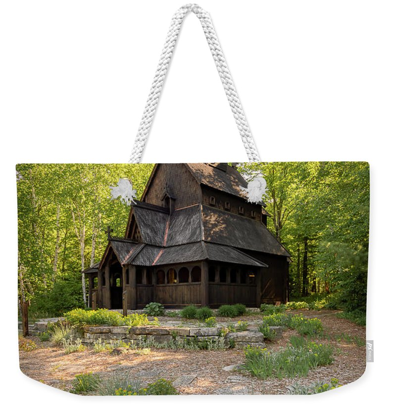 Architecture Weekender Tote Bag featuring the photograph 20-0609-0217 by Anthony Roma