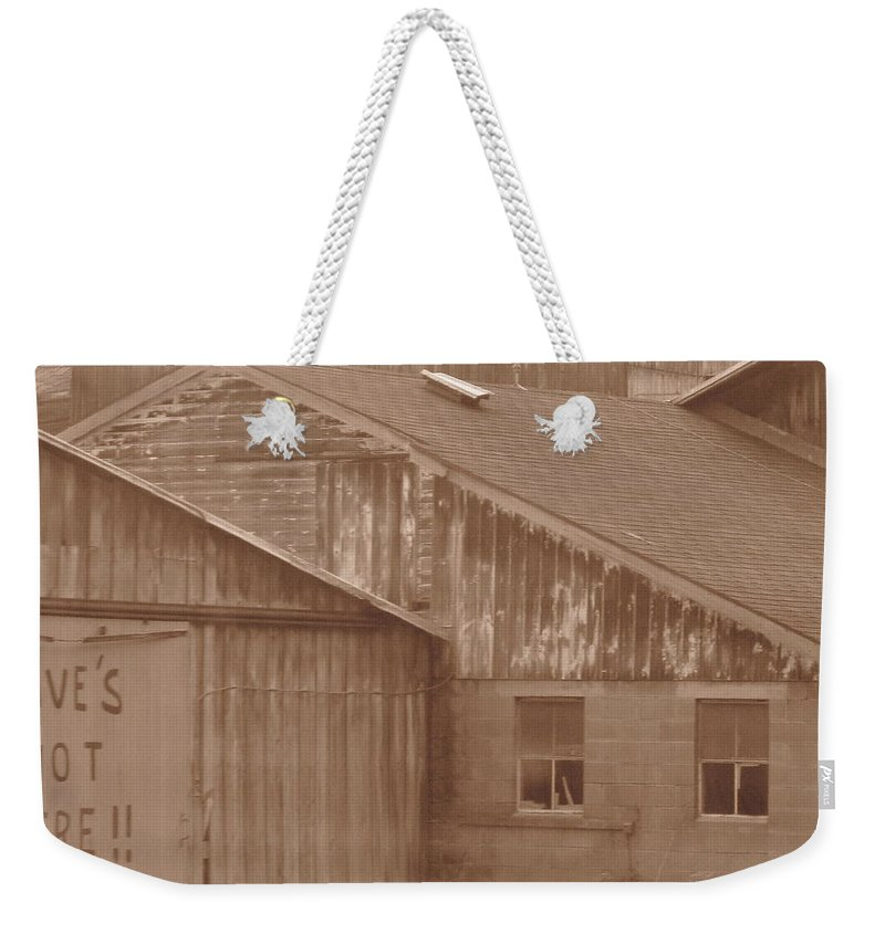 Barn Weekender Tote Bag featuring the photograph Dave by Rhonda Barrett