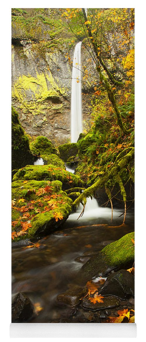 Elowah Falls Yoga Mat featuring the photograph Elowah Autumn by Mike Dawson