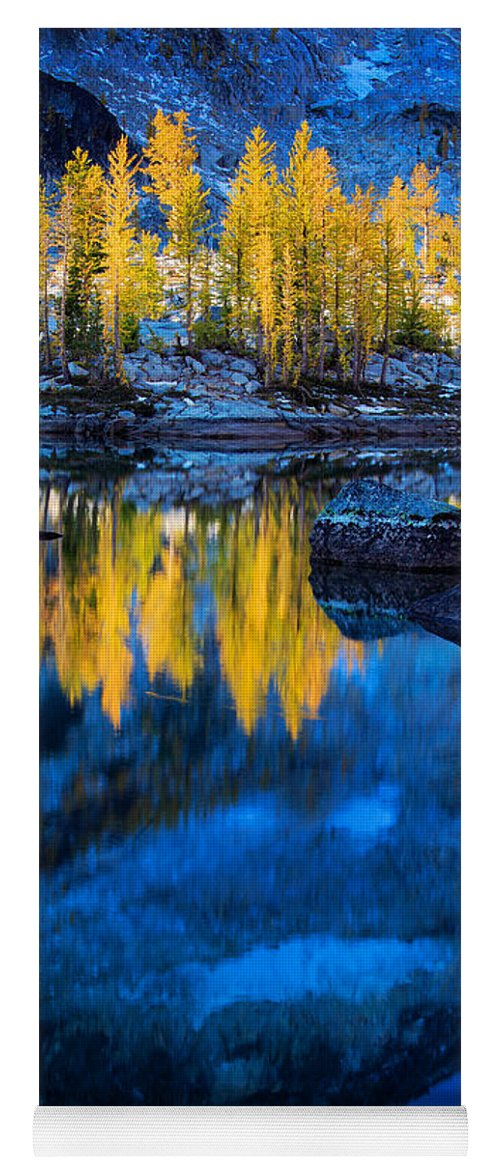 Alpine Lakes Wilderness Yoga Mat featuring the photograph Blue And Yellow by Inge Johnsson