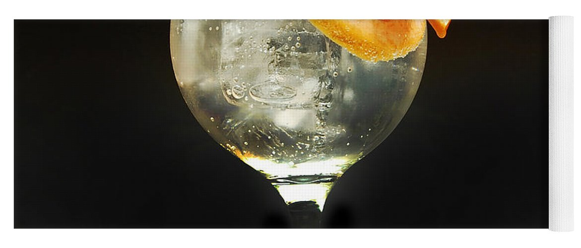 Gintonic Yoga Mat featuring the photograph Grapefruit Gin Tonic by Gina Dsgn