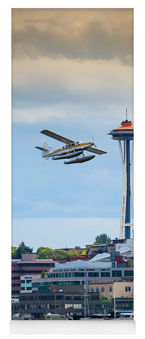 Seattle Yoga Mat featuring the photograph Leaving Seattle by Inge Johnsson