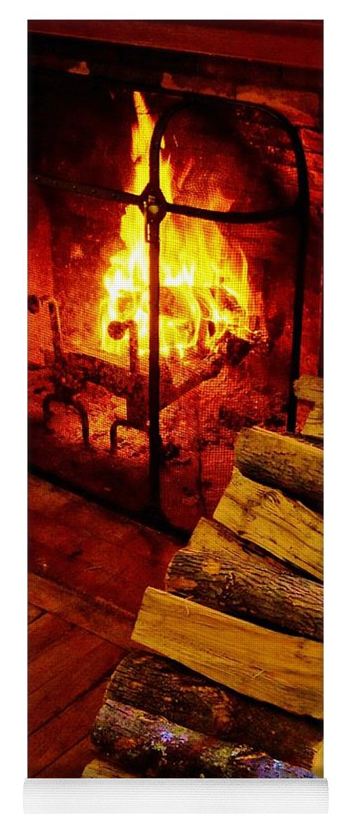 Fireplace Yoga Mat featuring the photograph The Tavern Fire by Daniel Thompson