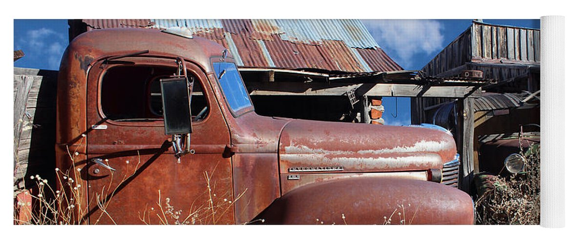 Kb5 Yoga Mat featuring the photograph Vintage Truck by Paul Fell