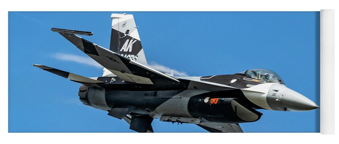 18th Aggressor Squadron Yoga Mat featuring the photograph 18th Aggressor Sgn Viper Pulling Up Trailing Vapes by Joe Kunzler