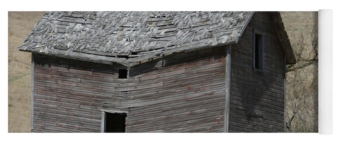 Old Barns Yoga Mat featuring the photograph Breaking Up by Bjorn Sjogren