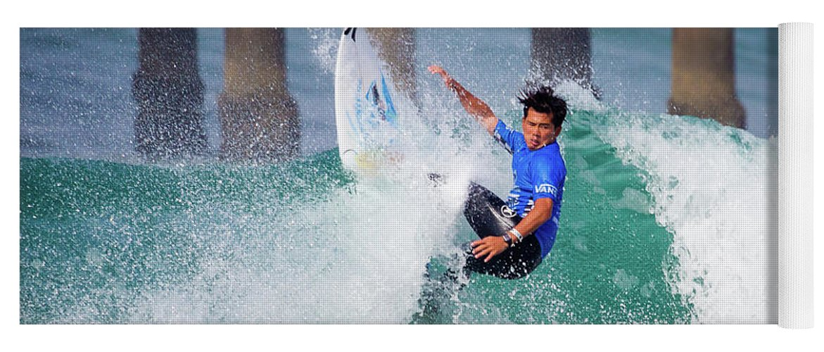 Us Open Of Surfing Yoga Mat featuring the photograph Hiroto Ohhara 4519 by Brian Knott Photography