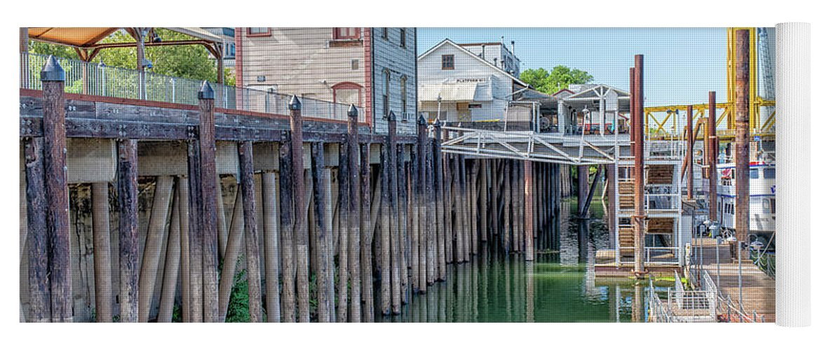 Old Town Sacramento Yoga Mat featuring the photograph Old Sacramento Waterfront by Jim Thompson