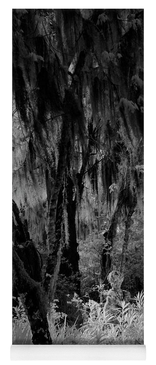 Black And White Yoga Mat featuring the photograph Statue In The Grass by Jon Glaser