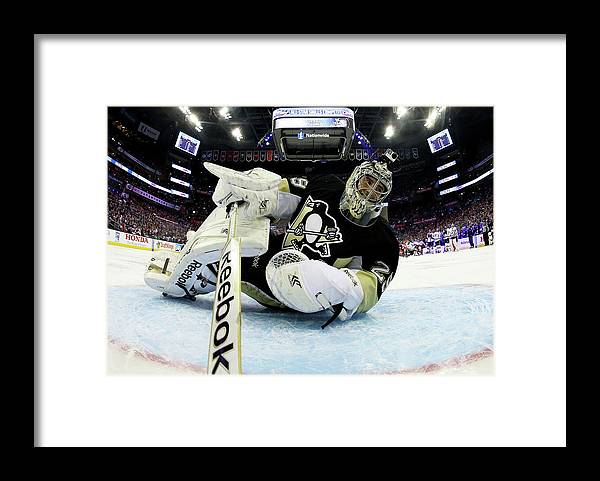 People Framed Print featuring the photograph 2015 Honda Nhl All-star Skills by Bruce Bennett