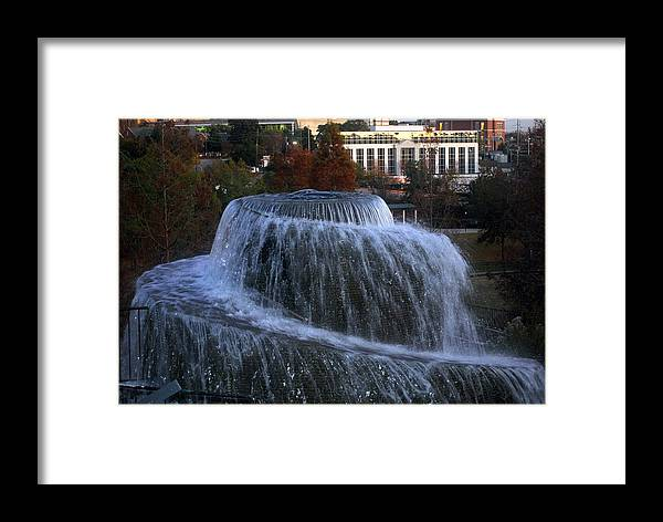 Park Framed Print featuring the photograph Fountain At Finlay Park by William Copeland