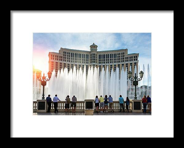 People Framed Print featuring the photograph Fountains Of Bellagio, Bellagio Resort by Sylvain Sonnet