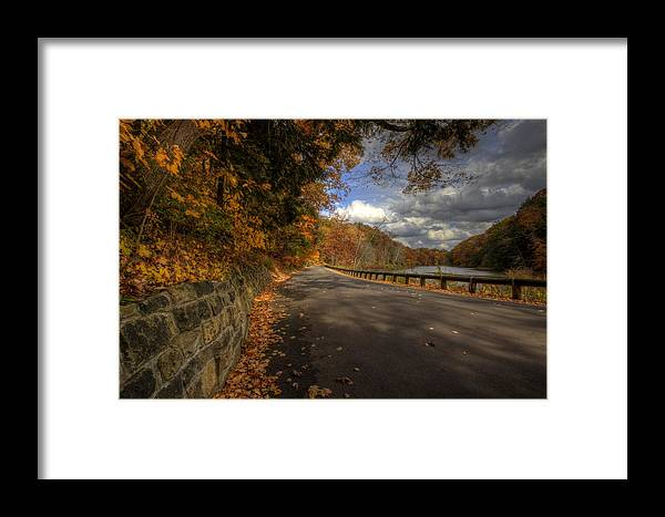 Mill Creek Park Framed Print featuring the photograph Mill Creek Park In Autumn by David Dufresne
