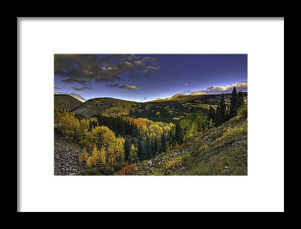 Landscape Framed Print featuring the photograph Morning Delight by Bill Sherrell