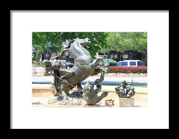 Kansas City Photos Framed Print featuring the photograph Plaza Scuptures by Tinjoe Mbugus