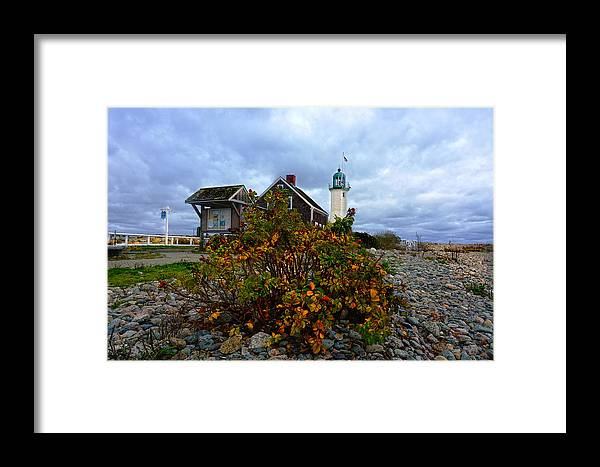 Lighthouse Framed Print featuring the photograph Scituate Lighthouse by Carol Sutherland