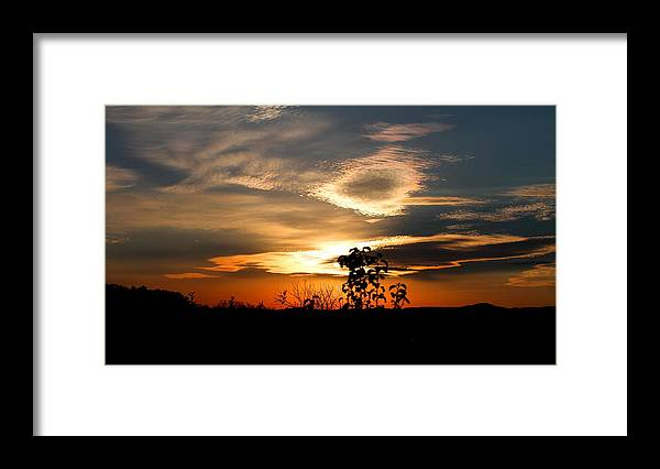 Sunset Framed Print featuring the photograph Simplistic Beauty by Candice Trimble