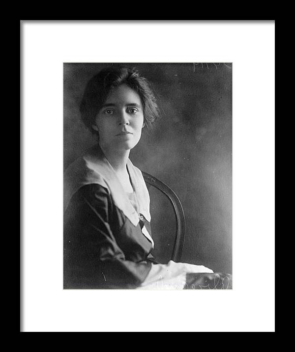 1918 Framed Print featuring the photograph Alice Paul by Granger