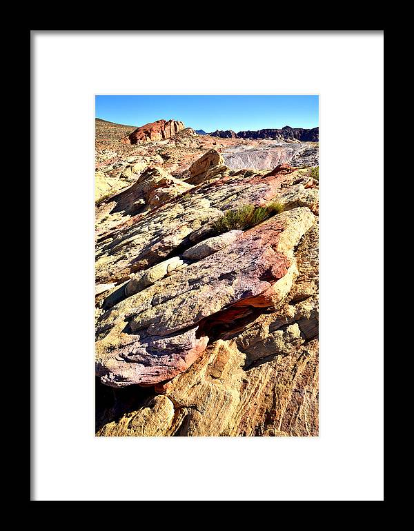 Valley Of Fire State Park Framed Print featuring the photograph Valley Of Fire by Ray Mathis