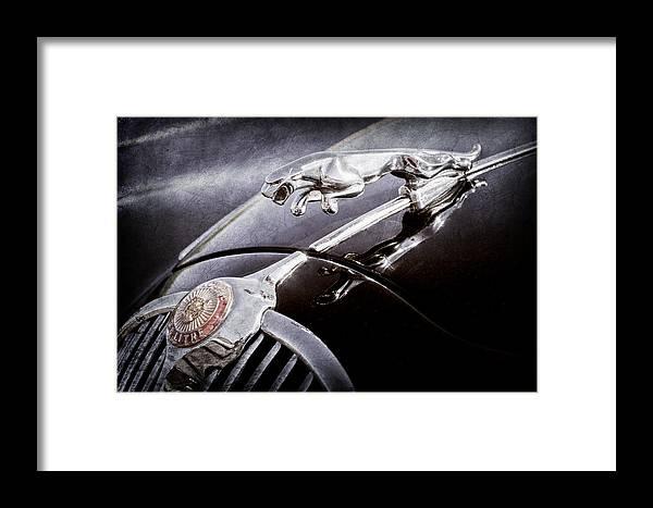 1964 Jaguar Mk2 Saloon Hood Ornament And Emblem Framed Print featuring the photograph 1964 Jaguar Mk2 Saloon Hood Ornament And Emblem by Jill Reger