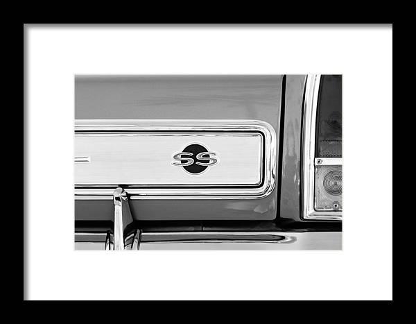 1966 Chevrolet Ii Ss L79 Taillight Emblem Framed Print featuring the photograph 1966 Chevrolet II Ss L79 Taillight Emblem by Jill Reger