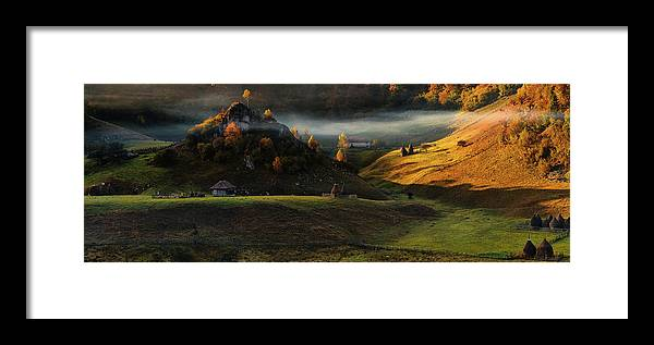 Panorama Framed Print featuring the photograph Fundatura Ponorului by Cristian Lee