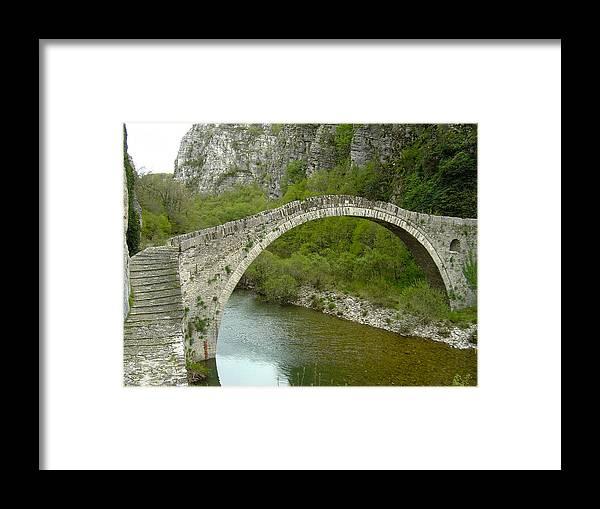 Stonebridge Framed Print featuring the photograph Konitsa Stonebridge by Panos Spiliadis