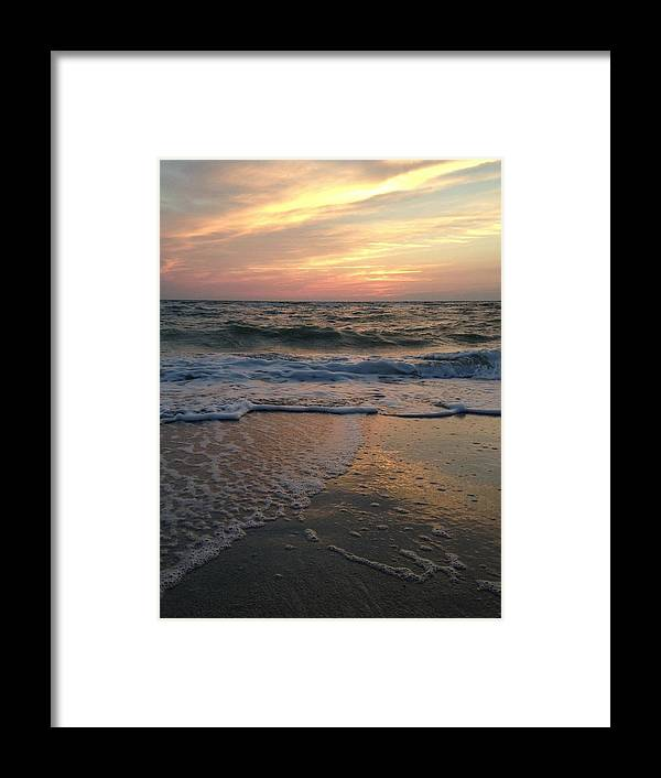 Sunset Framed Print featuring the photograph Slanted Setting 2 by K Simmons Luna