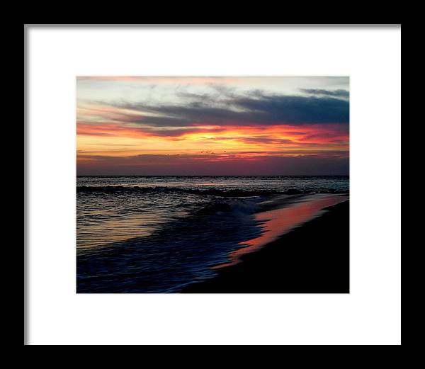 Sunset Framed Print featuring the photograph Sunset Magic by Glenn McCurdy