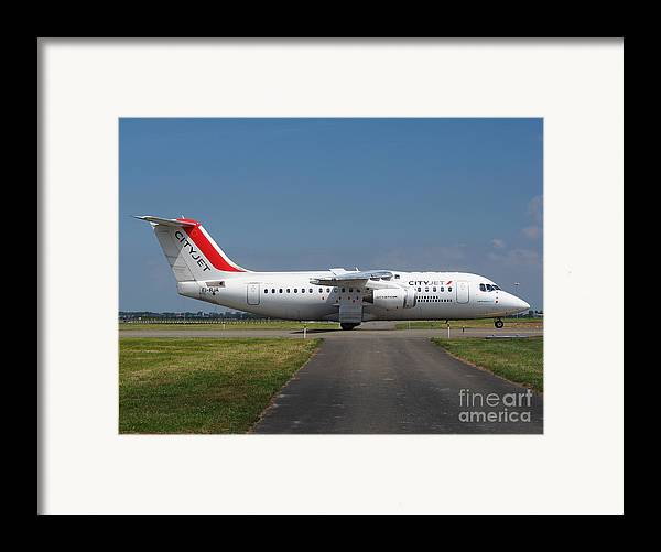 737 Framed Print featuring the photograph Cityjet British Aerospace Avro Rj85 by Paul Fearn