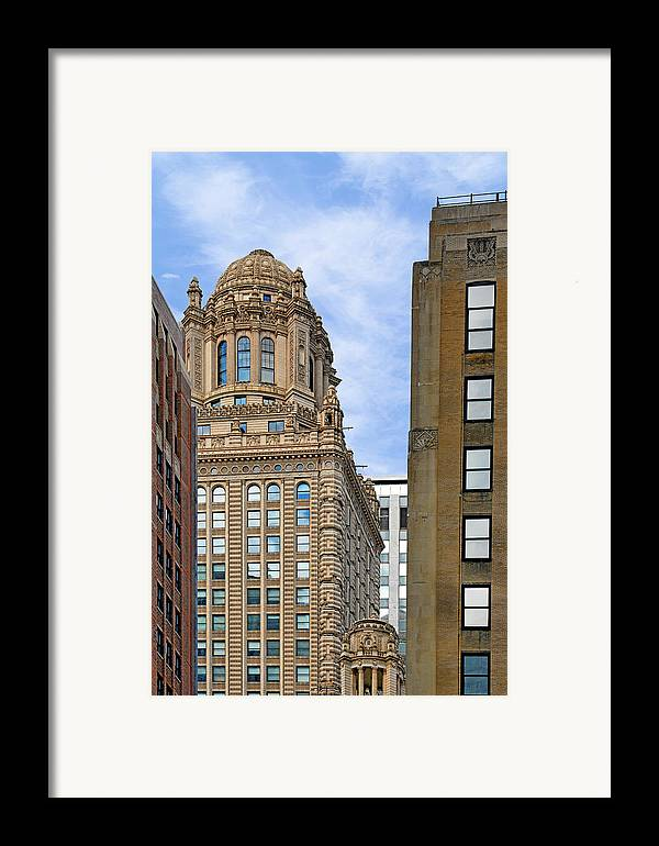 Jewelers Framed Print featuring the photograph 35 East Wacker - Jewelers' Building Chicago by Christine Till