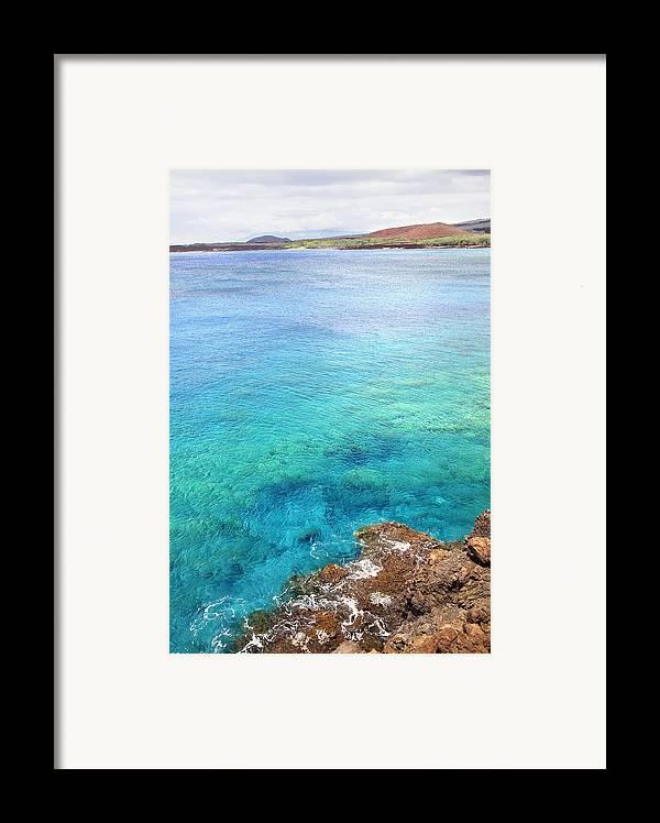 Amazing Framed Print featuring the photograph La Perouse Bay by Jenna Szerlag