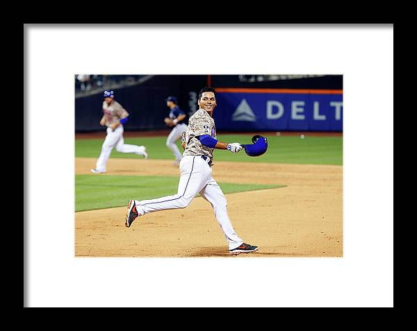 Celebration Framed Print featuring the photograph Atlanta Braves V New York Mets 6 by Jim Mcisaac