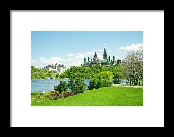 Hotel Framed Print featuring the photograph Parliament 6 by Dennis Mccoleman