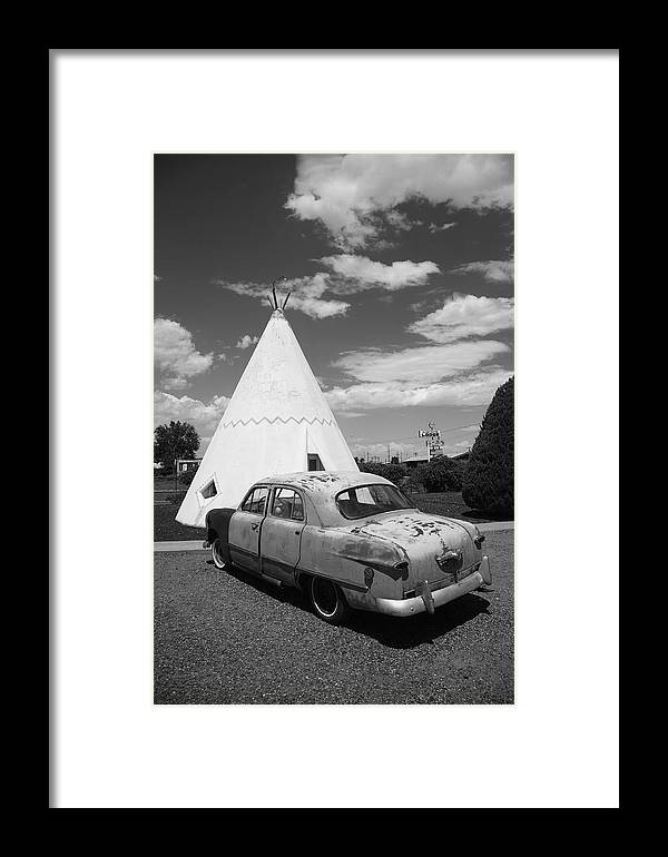 66 Framed Print featuring the photograph Route 66 Wigwam Motel And Classic Car by Frank Romeo