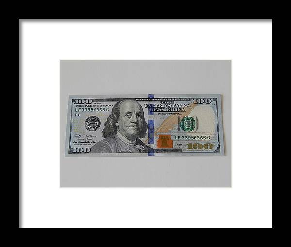 $100 Dollar Bill Framed Print featuring the photograph A New Franklin by Terry Baker