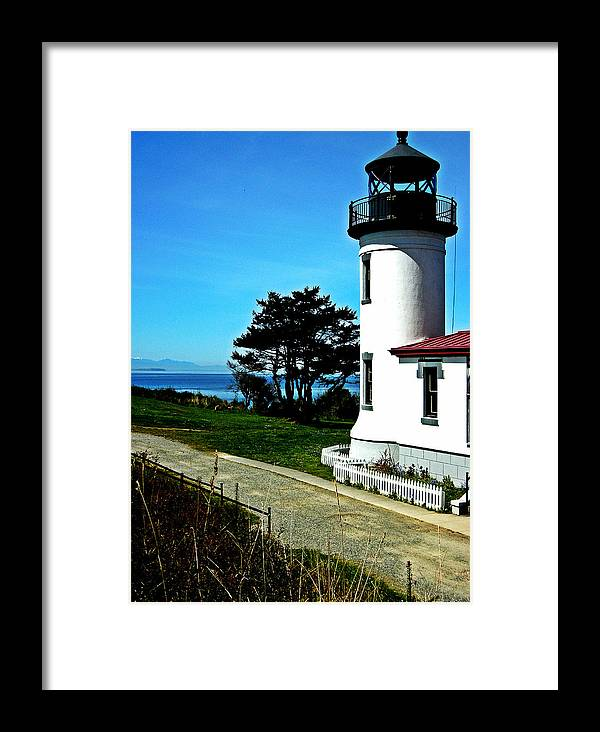 Picturesque Framed Print featuring the photograph Admiralty Head Lighthouse View by Kevin D Davis