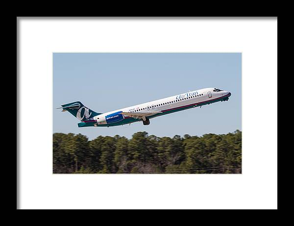 Framed Print featuring the photograph Air Tran B717-200 by Richard Jack-James