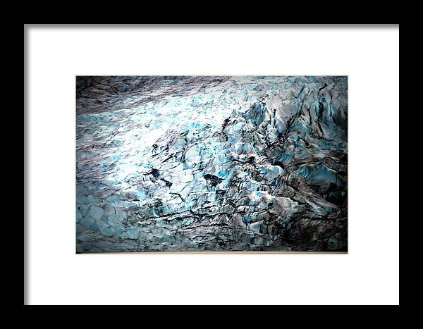 Framed Print featuring the photograph Alaskla X2 by Vicente Russo