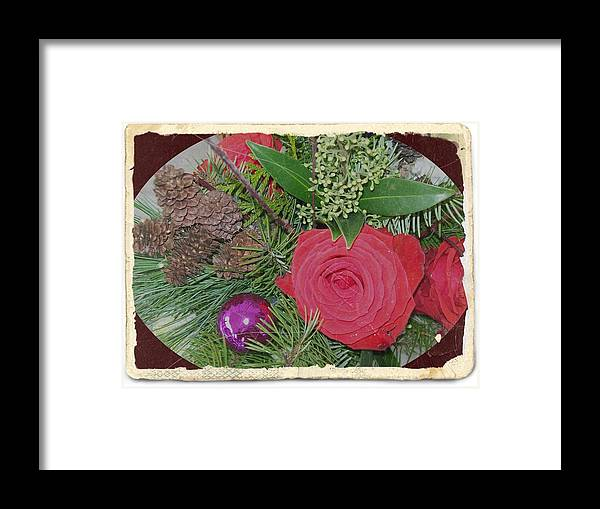 Red Framed Print featuring the photograph Antiqued Rose Bouquet by Sharon Duguay